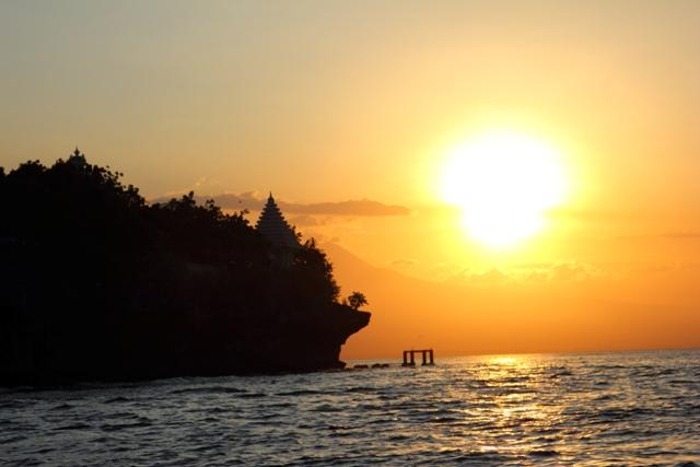 Sunset dari Pulau Menjangan