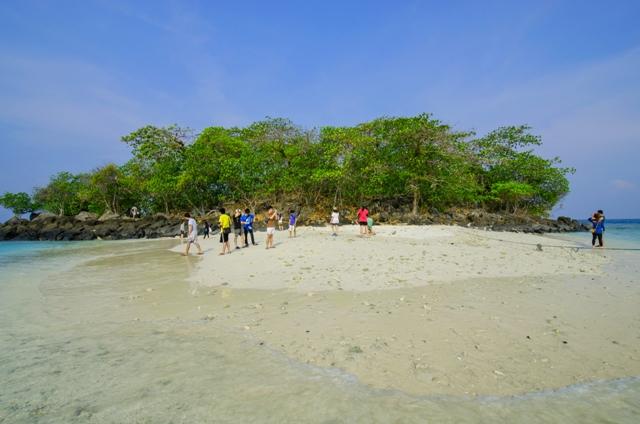 Pulau Umang-Umang dari jauh bagian I