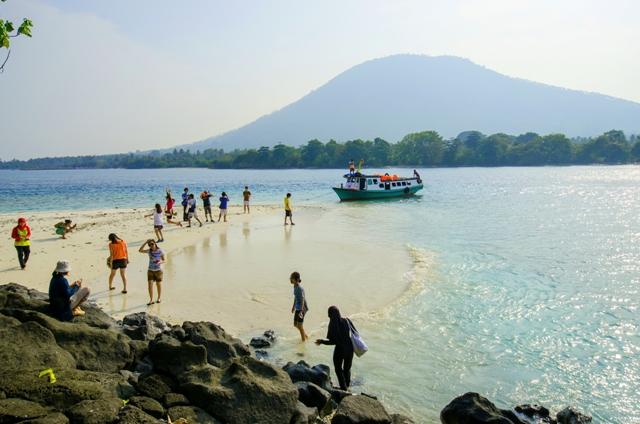 Pulau Umang-Umang dari jauh bagian II