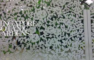 Menikmati taman bunga di Botanic Garden
