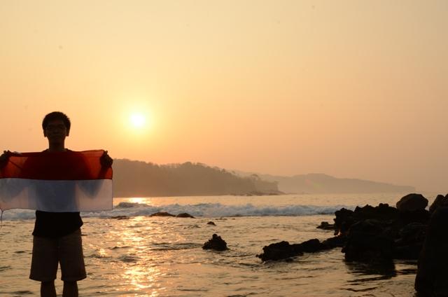 Sunrise dari pantai karang bereum